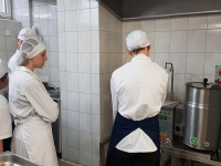 z_wizyta_w_kuchni_dps_kalina-8